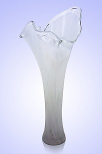 Ваза стеклокрошка Волна h280 мм. Бел.